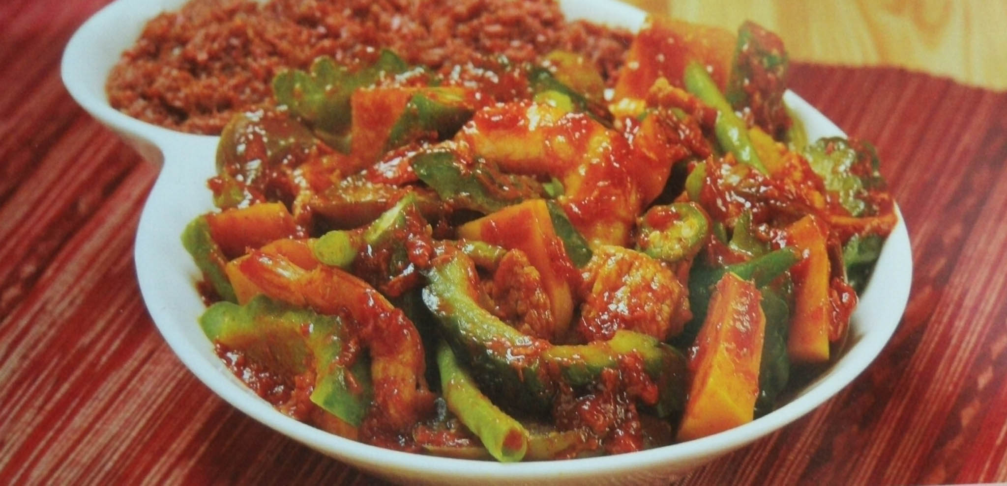 Pakbit Manyaman ( Mixed Veggies in Annatto & Beer Sauce)